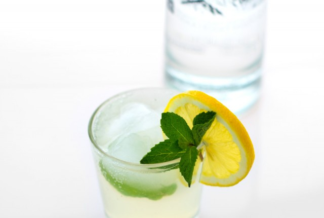 Spring Mint Lemonade